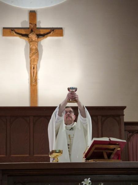 Eucharist_IMG_281616.JPG