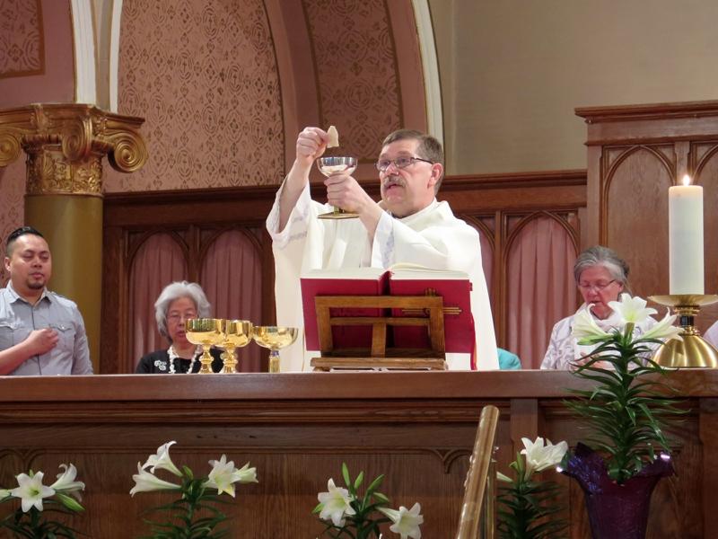 Eucharist_IMG_283932.JPG