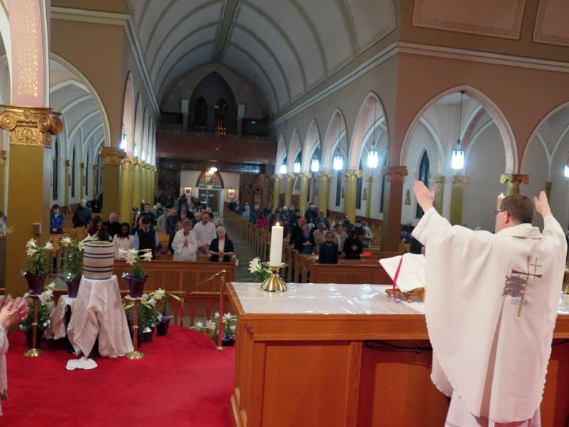 Eucharist_IMG_286452.JPG